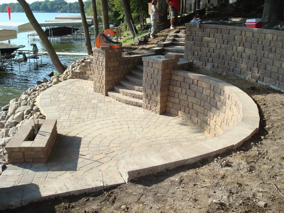 big-spirit-lake-landscaping-installation